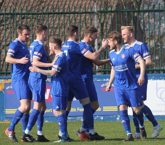 Farsley Celtic edge out Stalybridge to stay top of the league