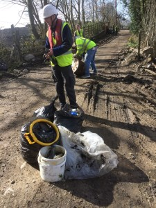 newlay river clean up 1