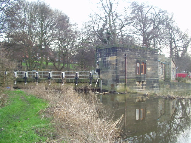 Fresh flood defence plans submitted at historic Kirkstall Abbey