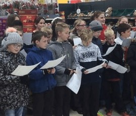 Year 6 Sing at Tesco