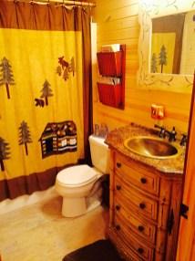 Pentwater MI Vaction Rental Cabin Bath