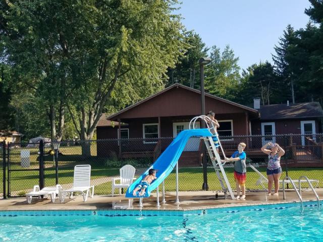Flordale-Pool-2-1