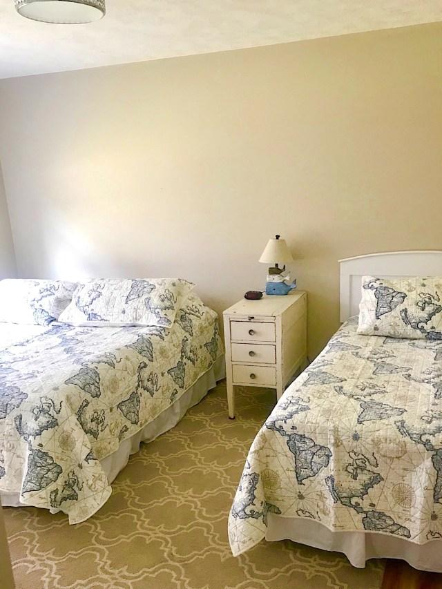 Parasail-World-Bedroom-1