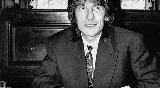 Statistics show a rise in older fathers as legendary rocker Ronnie Wood announces that at 68 he and his 37 year old wife are expecting twins.