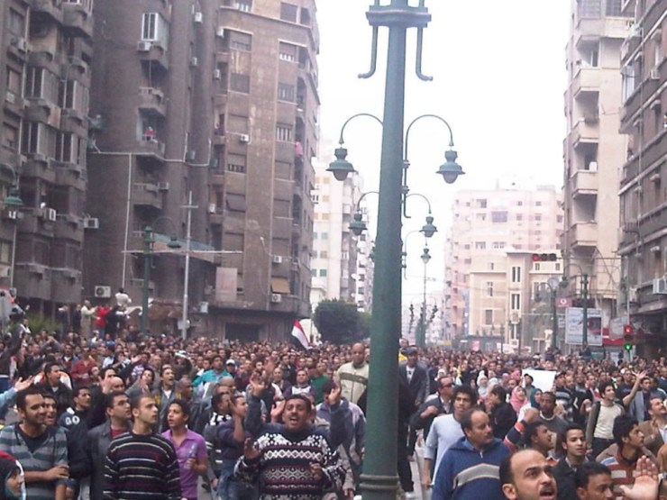 Protesters take to the street in Alexandria, Egypt on 28/1/2011. (Photo: Zeyad Salem)