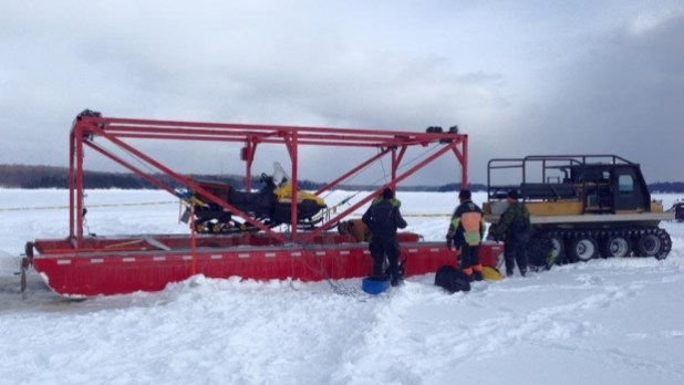 snowmobile-recovery-equipment