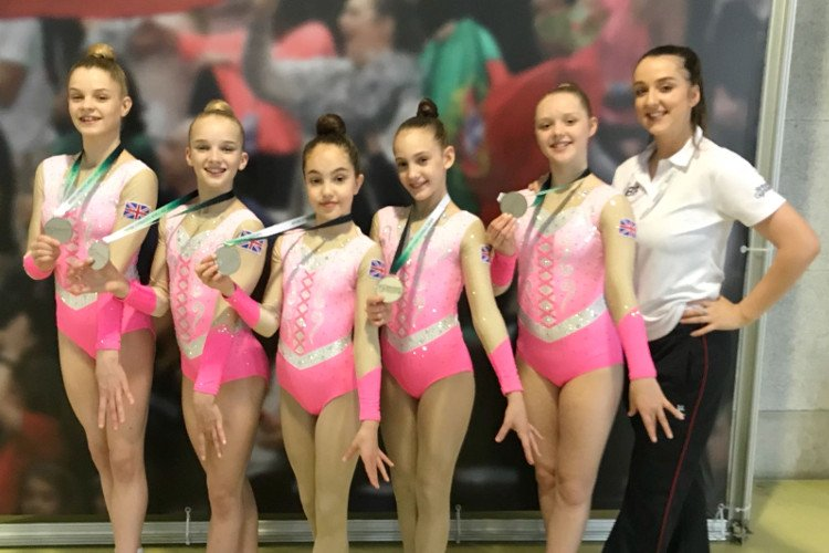 Weston's AG1 5 team with coach Kat Saunders