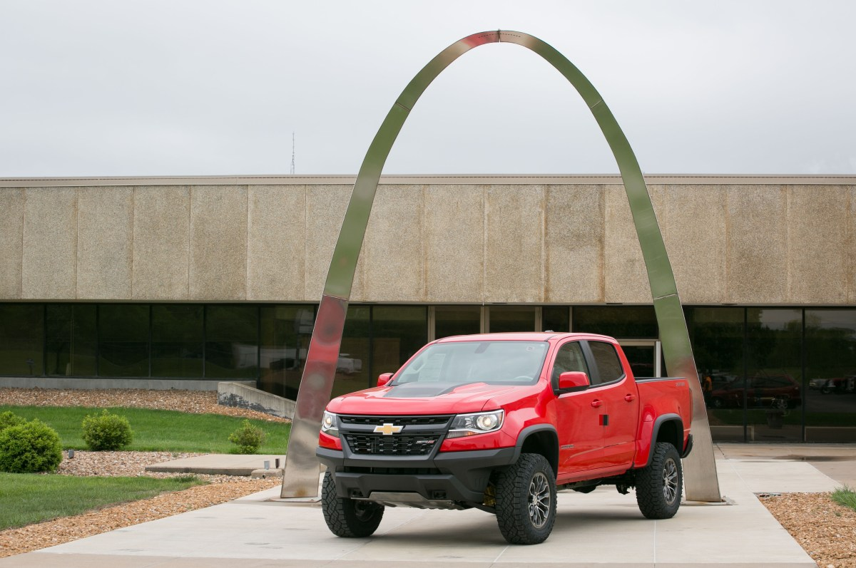 Chevy ZR2 Colorado is here