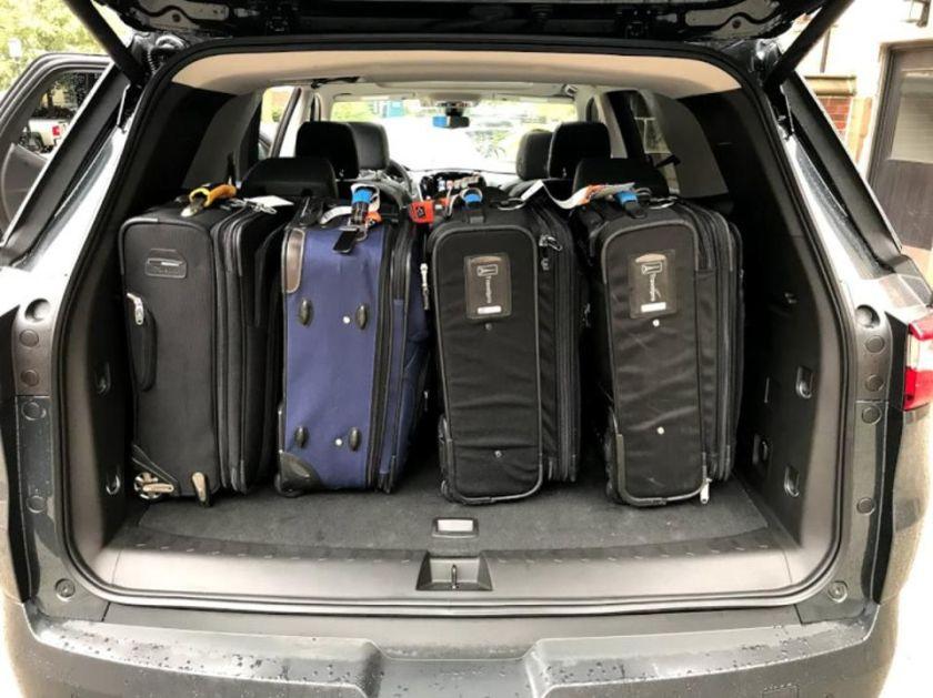 2018 chevrolet traverse suitcases