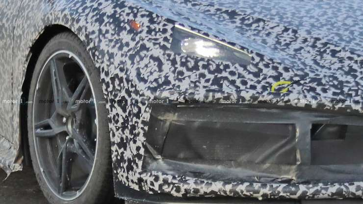 mid engined corvette spy photo