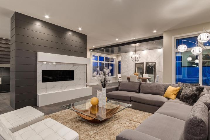 516 35a st 14 Living Space