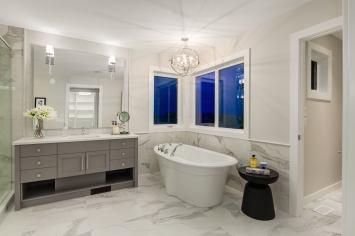 538 Green Haven 47 Bathroom