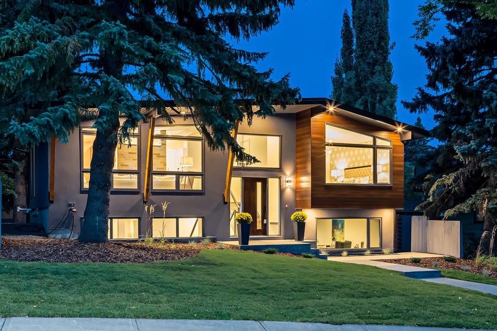 Custom Home In Calgary, Luxury Homes In Charleswood, Calgary Custom Homes  Built By West
