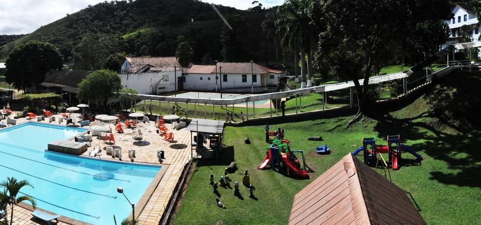 FESTA JUNINA NO HOTEL FAZENDA SANTA BÁRBARA EM ENGº PAULO DE FRONTIN RJ