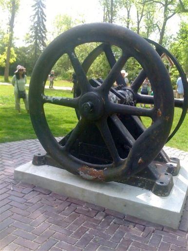 part of stone-cutters' art: a cutting flywheel (which actually cut some of the stone for pieces on the property)
