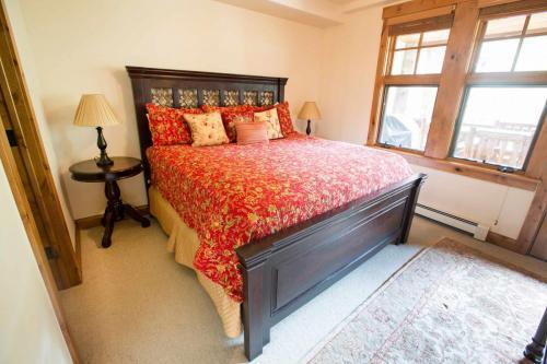 A103-master-bedroom