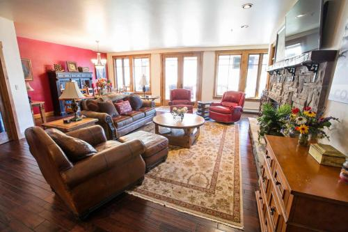 A301-living-room-1
