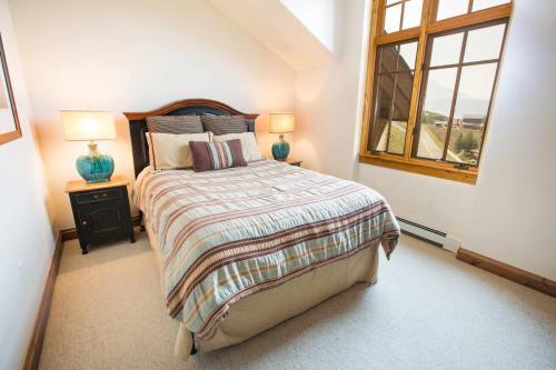 C302-second-bedroom
