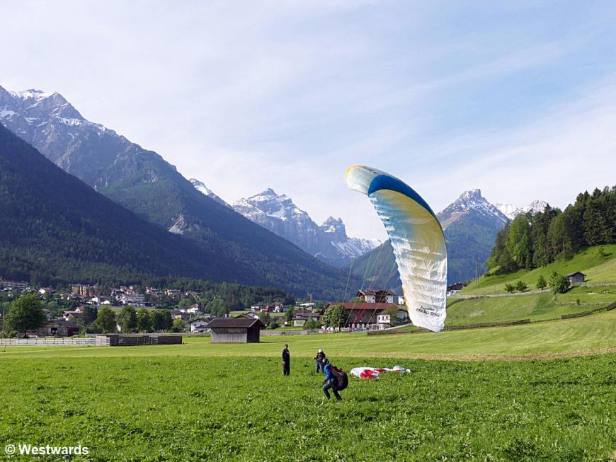 Paragliding training in Stubai