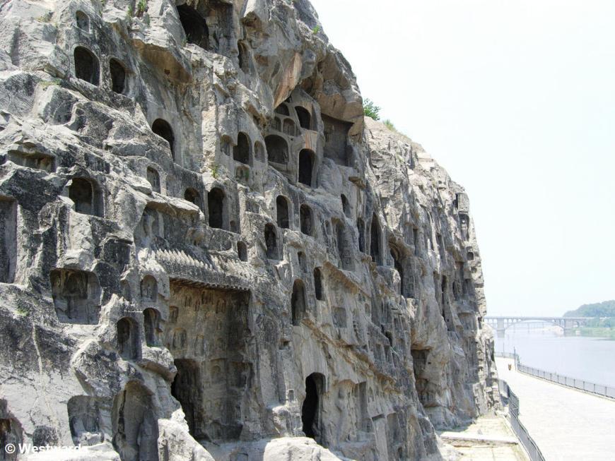 20060619 Longmen Western caves