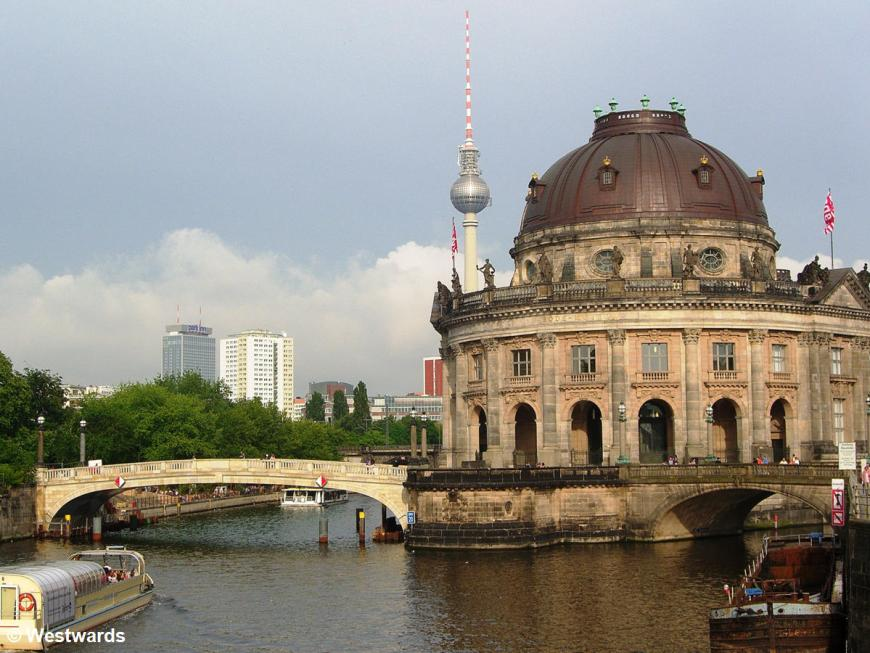 River Spree with bridge, the Bode museum and the television tower in the background