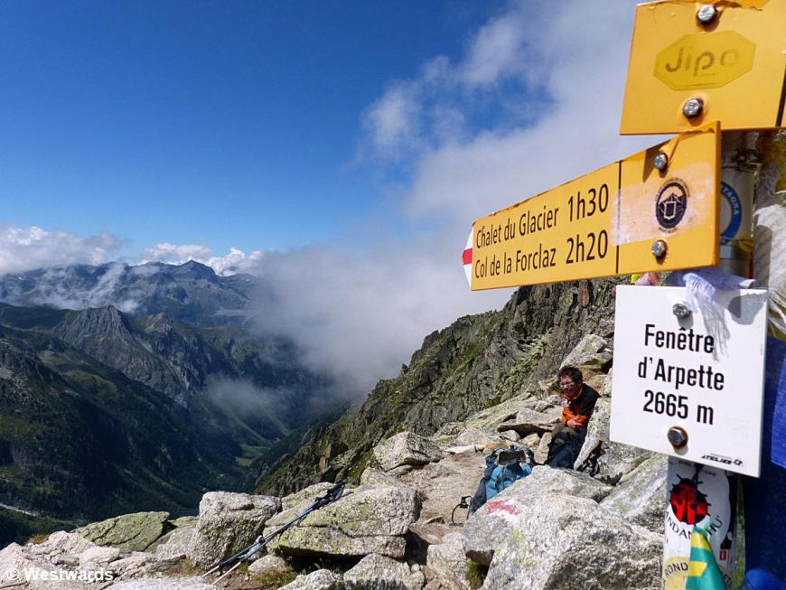Waymarkers, Fenetre d Arpettes, first high pass of the walkers Haute Route