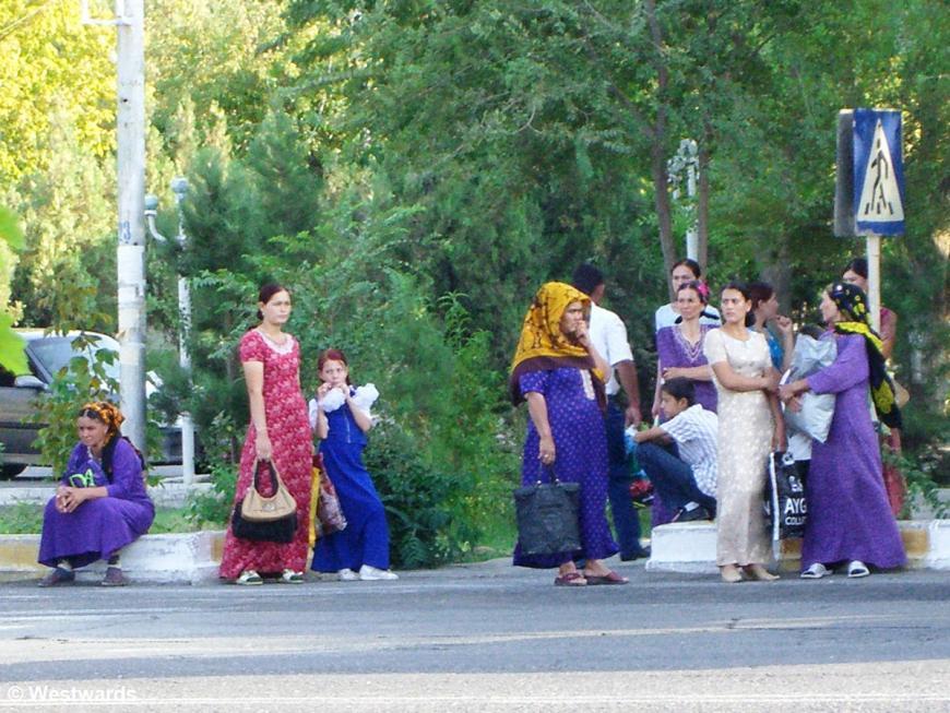 Women waiting at a bus stop, Turkmenistan