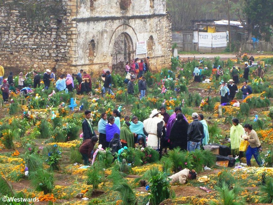 20071101 San Juan Chamula Friedhof 0118