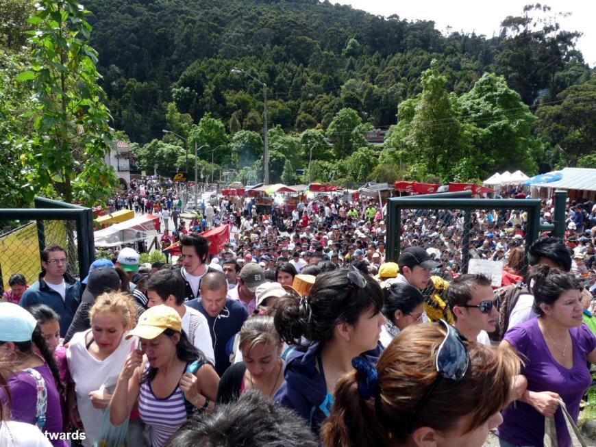 20120115 Bogota Monserrate people 1300925