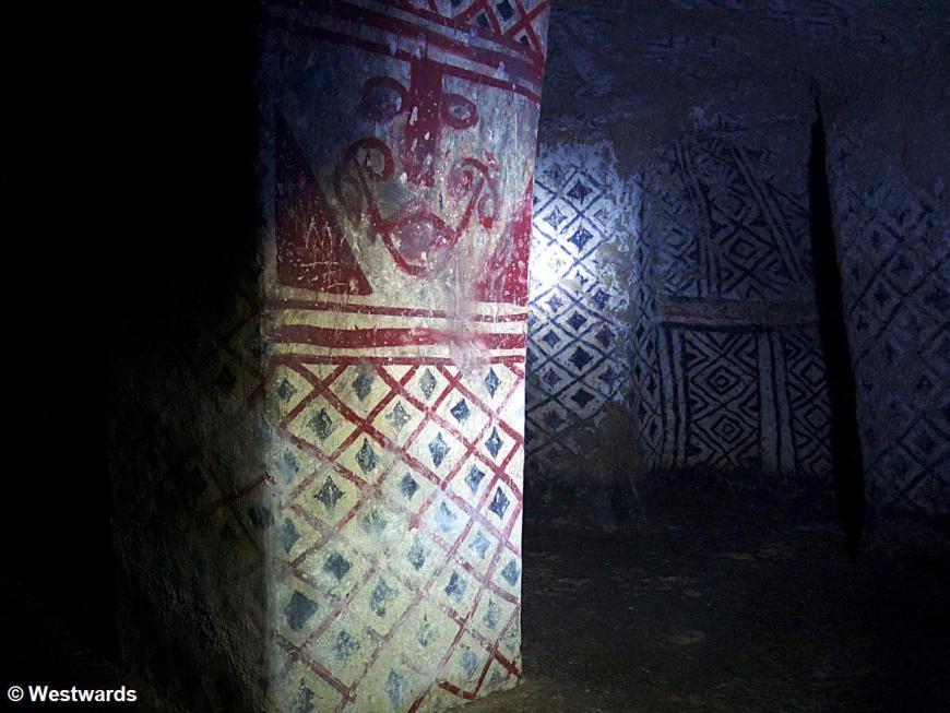 20120130 Alto de San Andres tomb 1310740