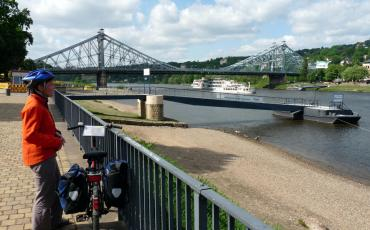 Cyclist at the Elbe in Dresden