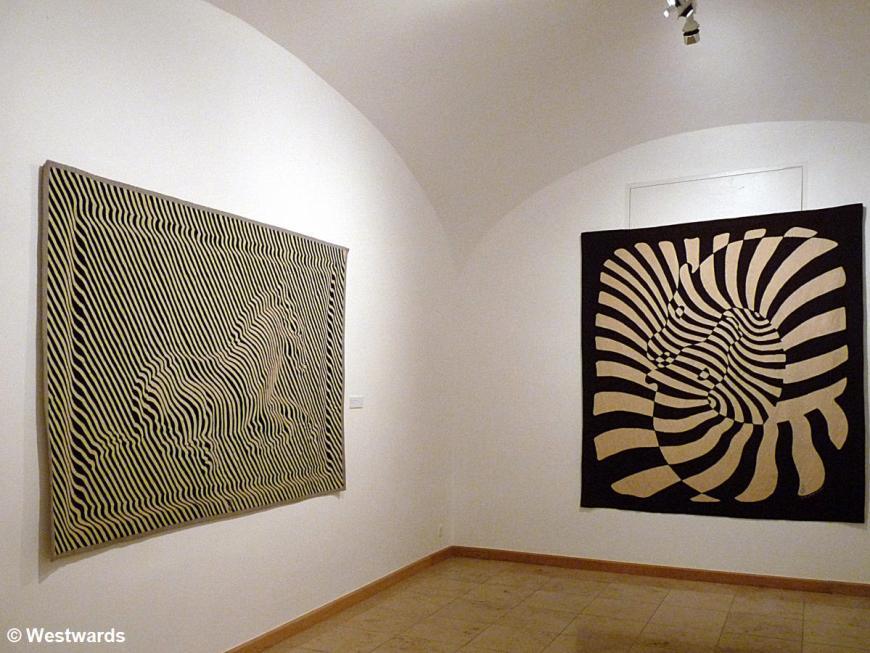 20120529 Pecs Vasarely Museum P1340934