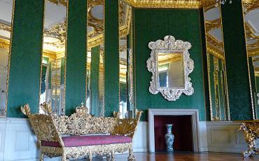 Baroque sleeping room at the Charlottenburg Palace