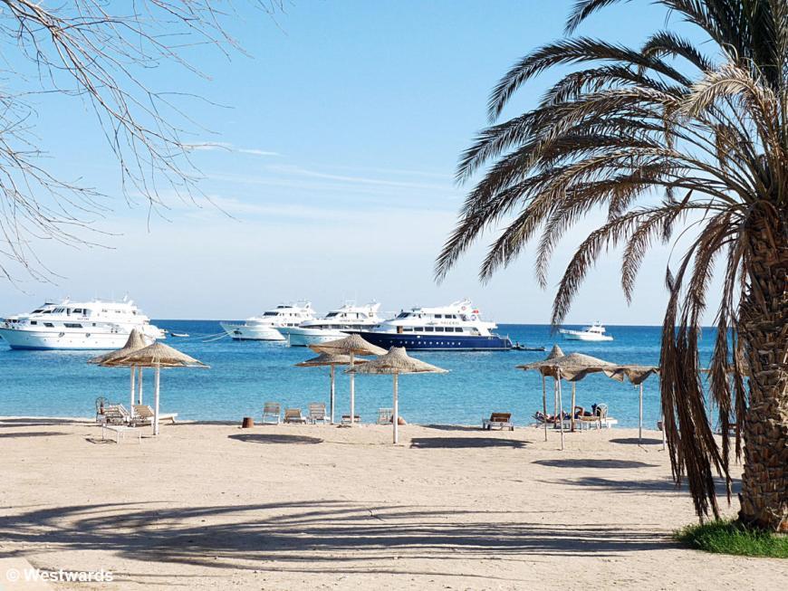 20121217 Segala beach P1380397