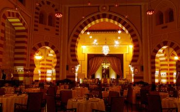 Dining room at the Old Cataract Hotel