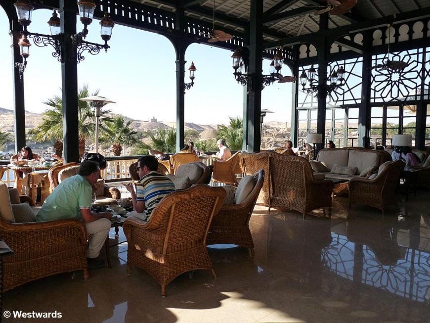 20121228 Assuan Old Cataract Hotel terrace P1390674