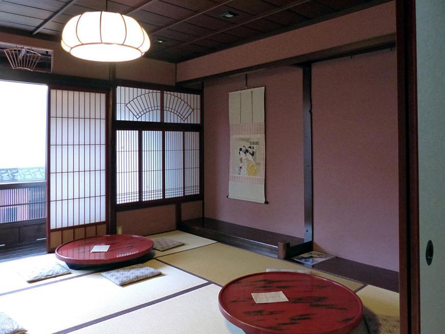 Higashi Chaya Kureha Teahouse in Kanazawa