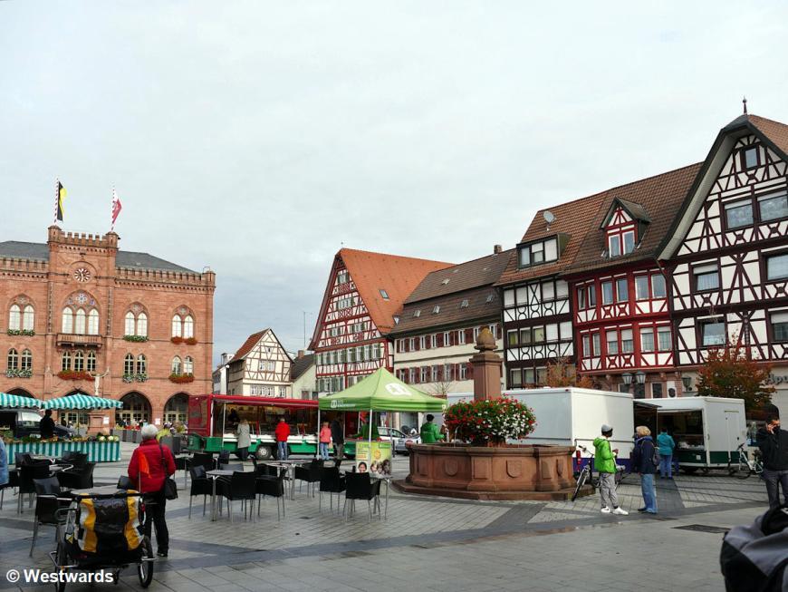 20201023 Tauberbischofsheim Marktplatz P1840035