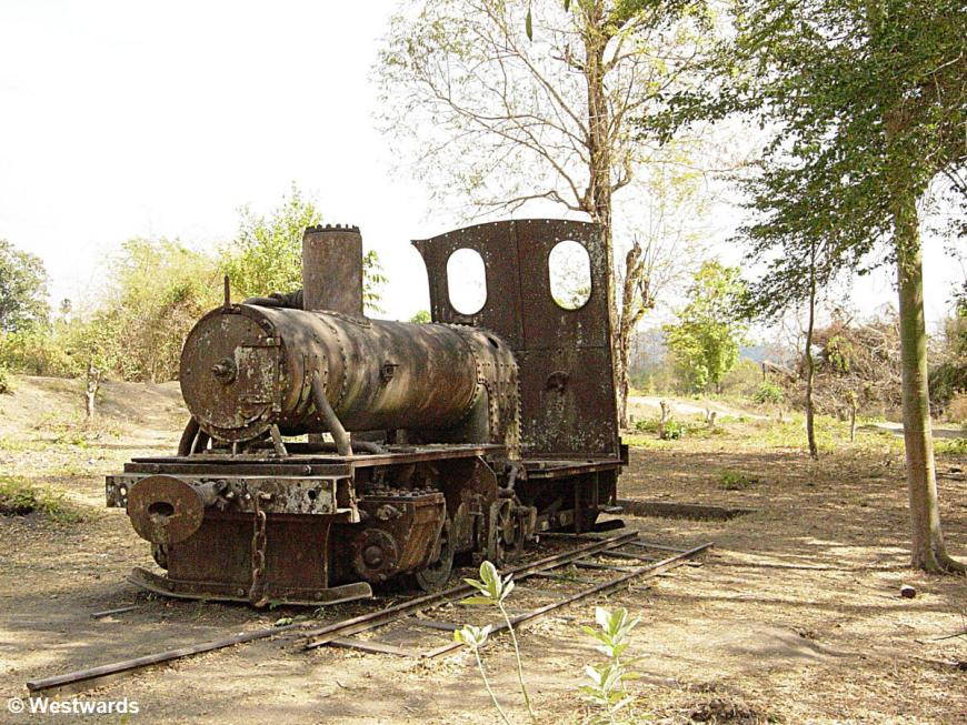 Remains of a coloniallocomotive in Don Deth