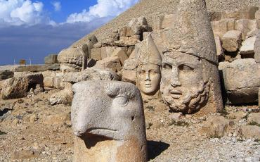 Stone heads of gods and an eagle on Mt Nemrud