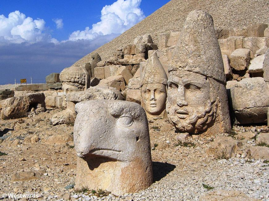 Stone heads of gods and an eagle on Mount Nemrud