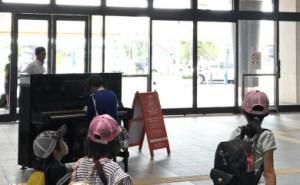 新鳥栖駅のピアノ