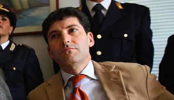 Crotone: In città lalto funzionario allimmigrazione della ...