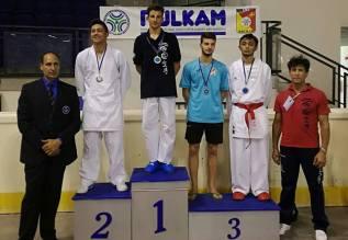 Lo Iacono Oro podio seniores