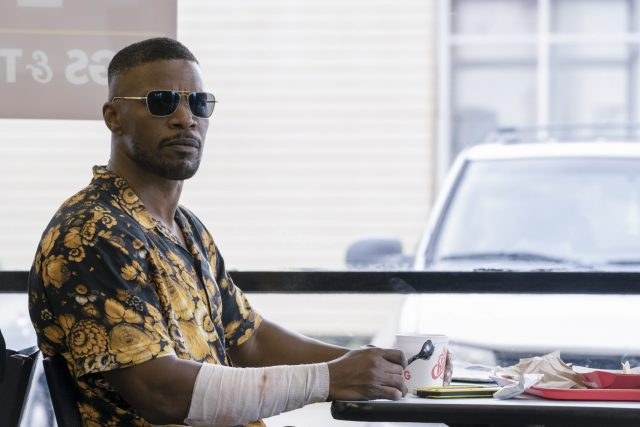 PROJECT POWER (L to R) JAMIE FOXX as ART in PROJECT POWER Cr. SKIP BOLEN/NETFLIX © 2020