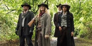 legends-of-tomorrow-outlaw-country-mick-rory-sara-lance-amaya