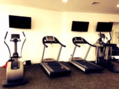 5 Tips on Finding a Gym While Traveling