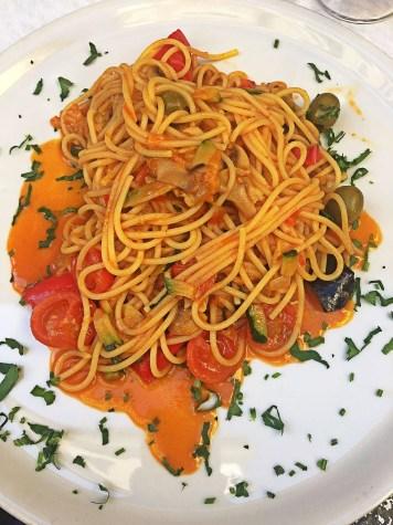 Best Food in Rome: 10 GREATEST EATS!