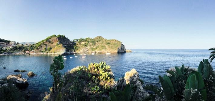 We Travel in Love – Isola Bella, Taormina