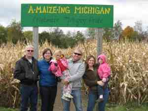 Best Things to Do in Kalamazoo Michigan Dan Moyle cornfield with family